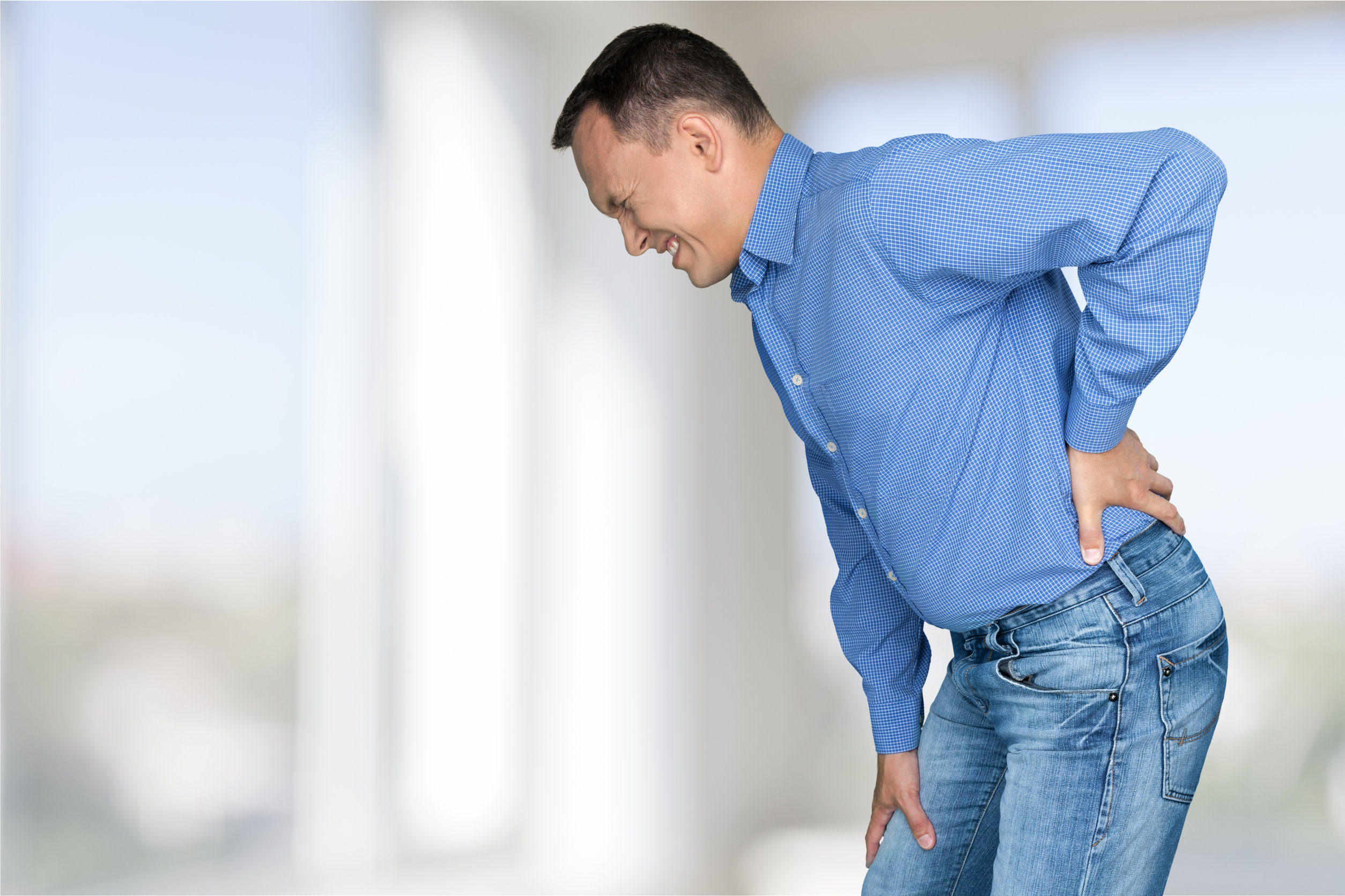 Signs You Should See a Specialist for Your Back Pain